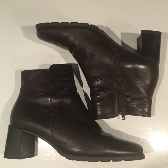WOW! BROWN ECCO CHUNKY HEEL ANKLE BOOTS SIZE 5